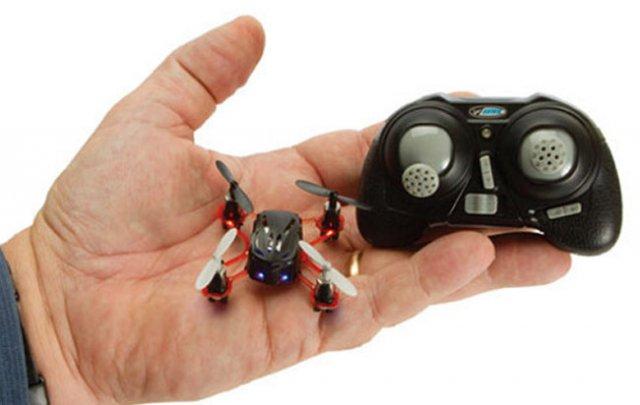 1391157018_nano_quad_tiny_drone_3